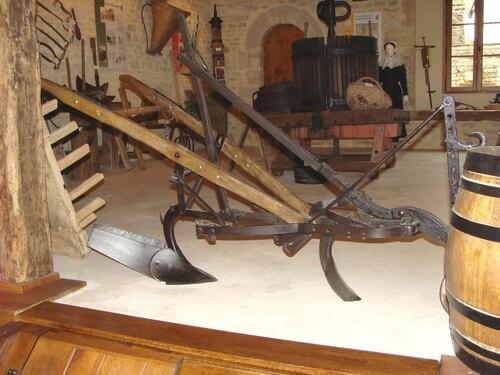 Le Musée du Vigneron à Chaumont le Bois...