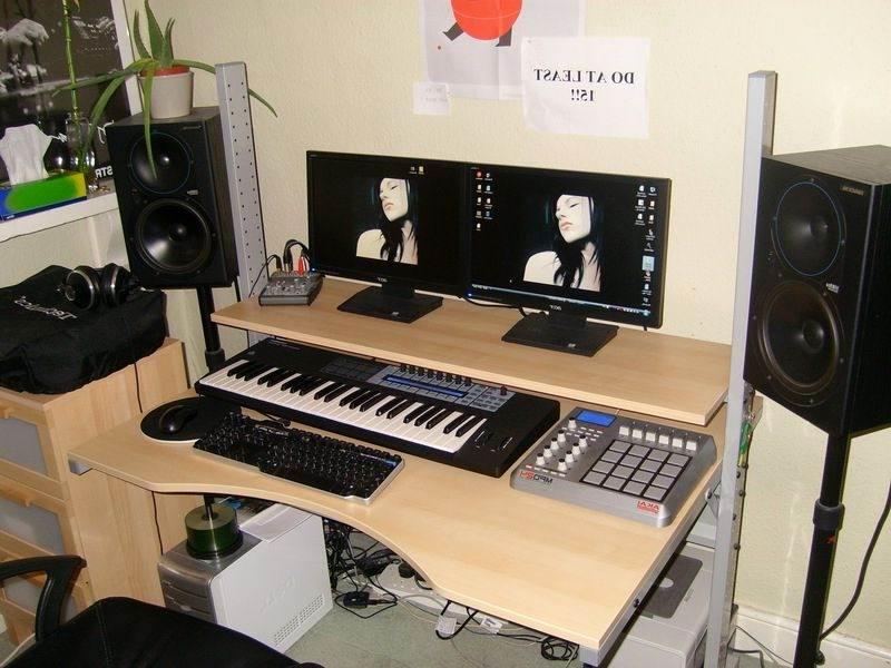 Un bureau ikea pour faire mon coin musique ! fred tyros studio