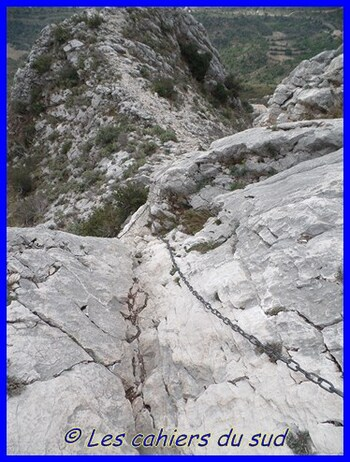 Ste Victoire, Le vallon de la Tine
