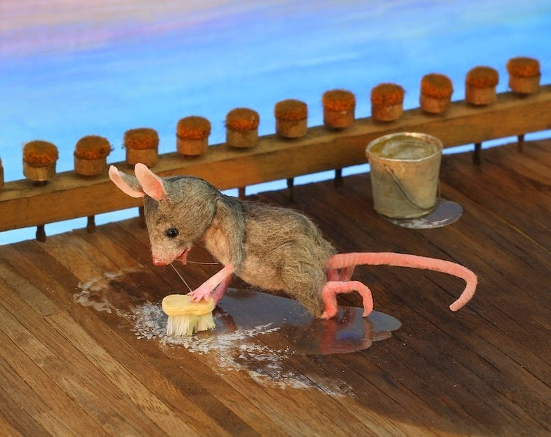 Maggie Rudy's Hand Crafted Mice Dolls | Amusing Planet