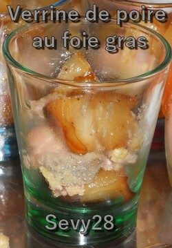 Verrines de poire au foie gras