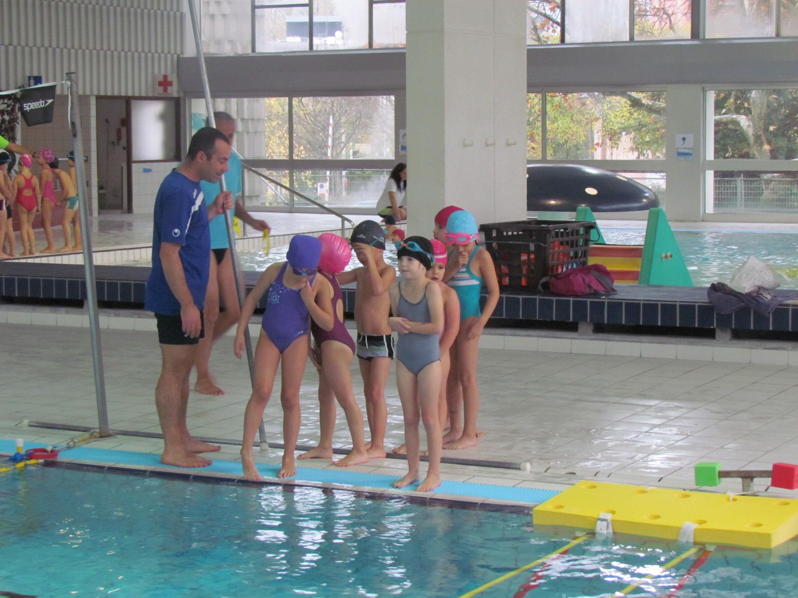 Cycle piscine blog de l 39 ecole du ch teau for Piscine de buisson rond
