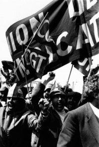 Succès de la Marche de la Dignité + un article sur les luttes ouvrières colonisées-intérieures du début des années 1980