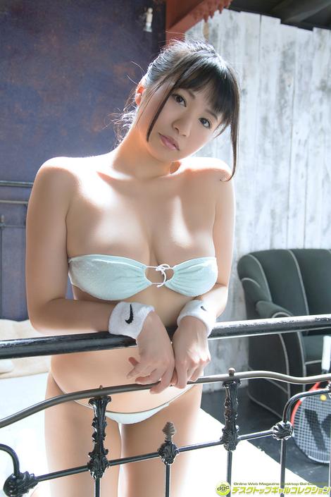 WEB Gravure : ( [DGC] - | 2018.12 | Satomi Nishihori/西堀智美 : 八重歯が可愛い柔らかGカップボディ!! )