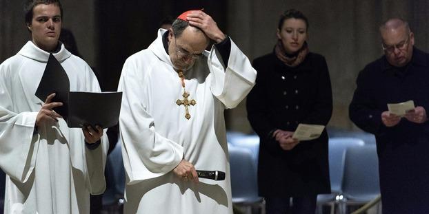 Les 5 affaires de pédophilie qui embarrassent le cardinal Barbarin