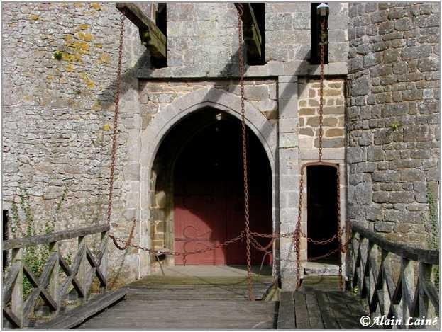 Chateau_Montmuran_Mars08_3