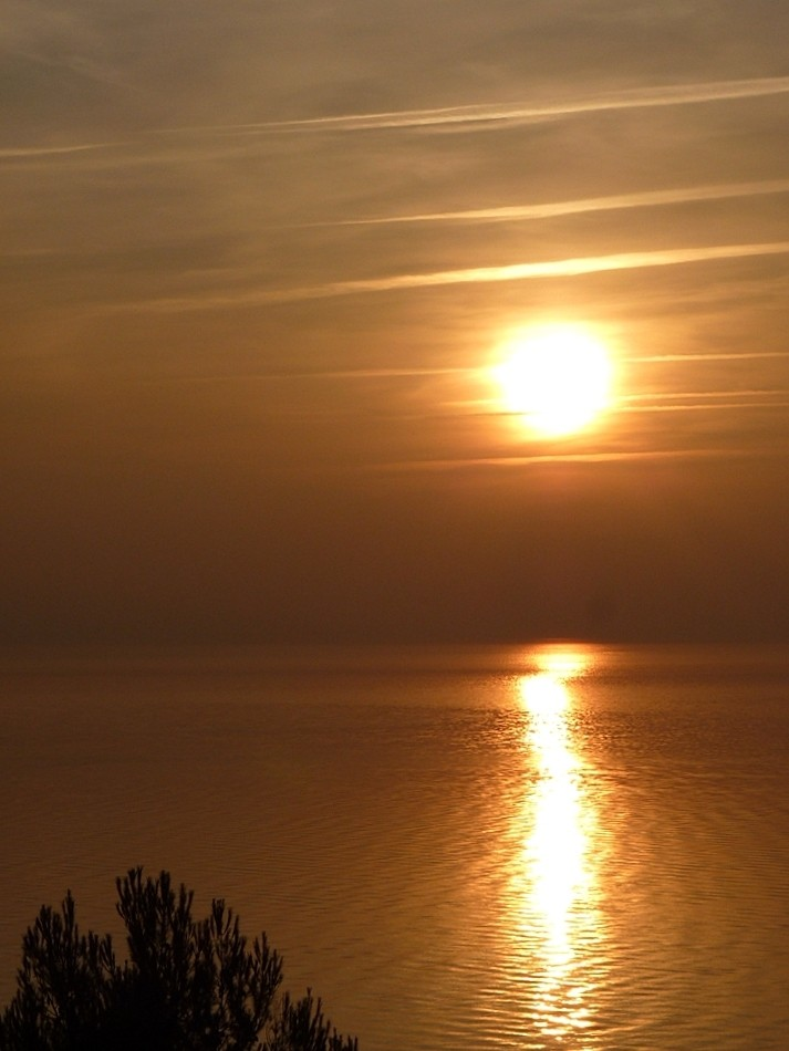 Istres Lever soleil port