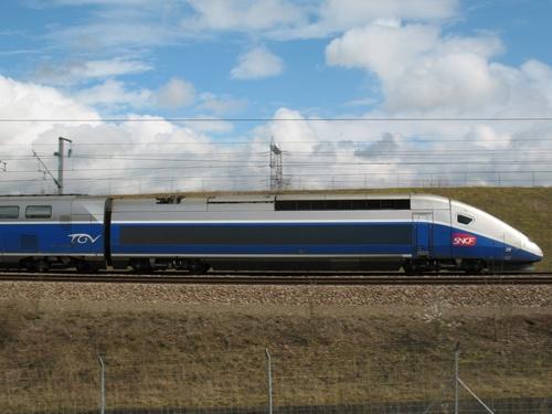 Ligne grande vitesse TGV Est et Nord (Vitesse entre 320 et 350 Km/h)