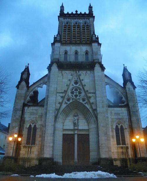 La cathédrale Saint-Jean-Baptiste