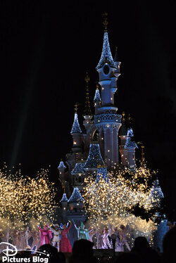 Christmas Atmosphere at Disneyland Paris