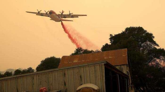 États-Unis : plus de 2 000 pompiers mobilisés pour lutter contre un incendie en Californie