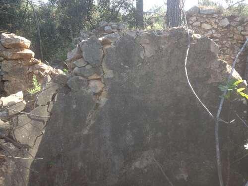 Grande ruine du Vallon aveugle à Aix
