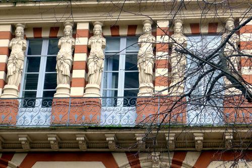 Une belle façade toulousaine !