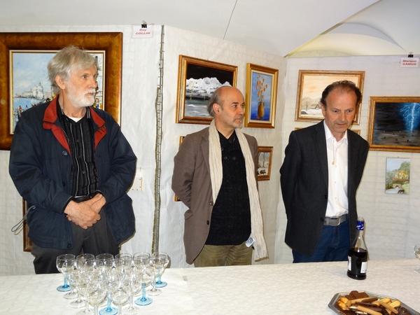 Le cinquième salon des Peintres de la Section-Peinture des Amis du Châtillonnais a ouvert ses portes , salle des Bénédictines de Châtillon sur Seine