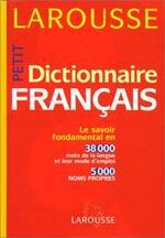 Remise des dictionnaires pour les élèves de CM2.
