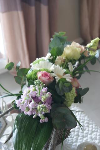Un bouquet d'anniversaire printanier, tout en douceur