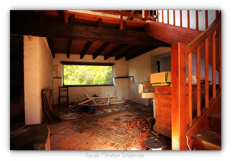 Urbex en Cévennes, Gard (3/4) - L'hôtel, ses salons et terrasses.