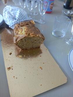 Cake au Maroilles et aux Pommes Sauce caramel au beurre salé