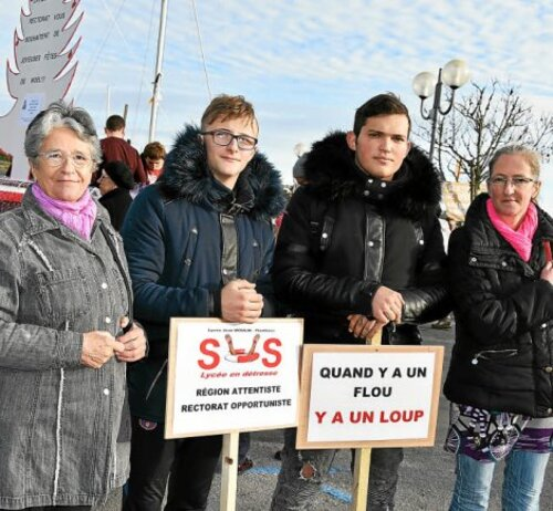 Lycée Jean-Moulin. Le Cap dans la rue (LT-3/12/2017)