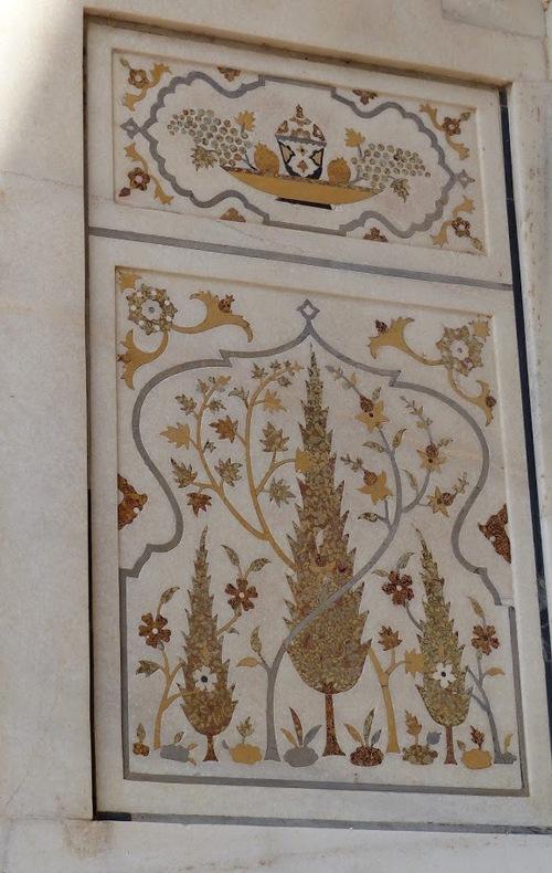 Mausolée d'Itimah-ud-Daulah; suite de la visite