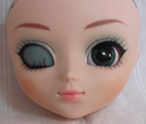 Face-Up Chloi