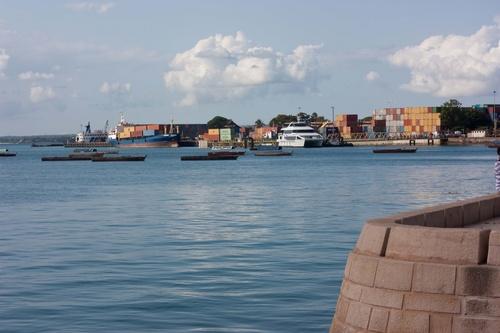 Le port de Stone Town