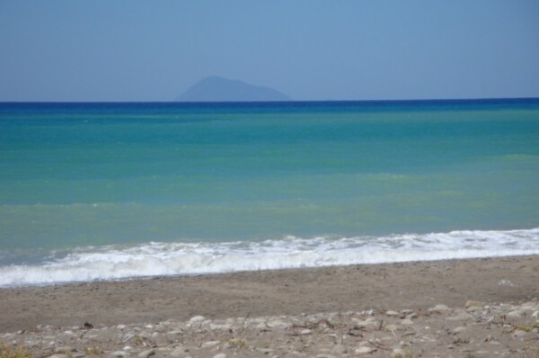 Au loin, les îles Eoliennes...1