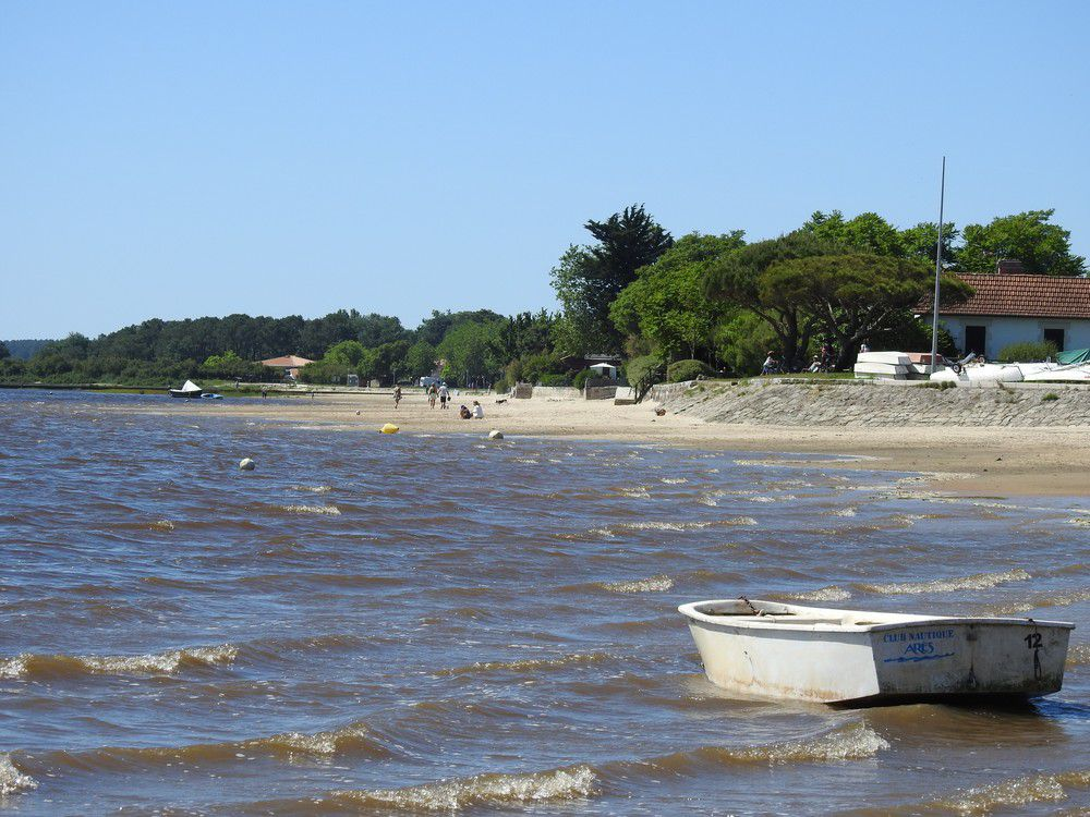 Une plage sur le Bassin d'Arcachon, en mai 2020...