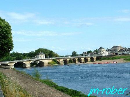 Un retour en Poitou.......au pied de la forteresse