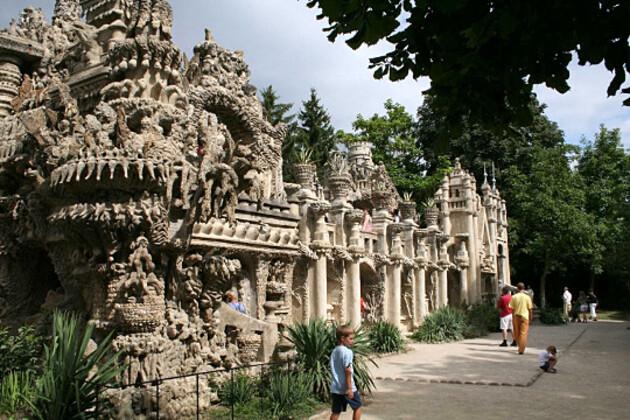 Drôme : le Palais Idéal du facteur Cheval