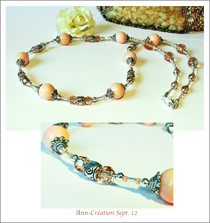 Long Collier 57 cm Perles de Coquillage Rose Pâle, Cristal, Plaqué Argent