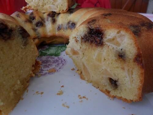 *** Gâteau aux amandes, aux pommes et chocolat ***