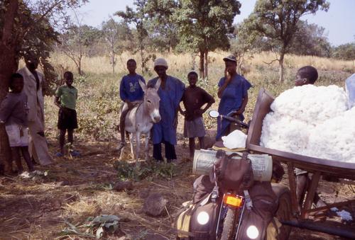 Passage au Mali en pirogue avec des contrebandiers