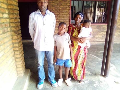 AOUT en Belgique pour le Rwanda via Sarahmoon!