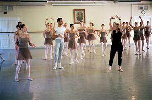 dance ballet class mariinsky theatre dancers
