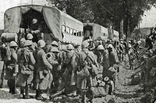 Les camions dans la grande guerre