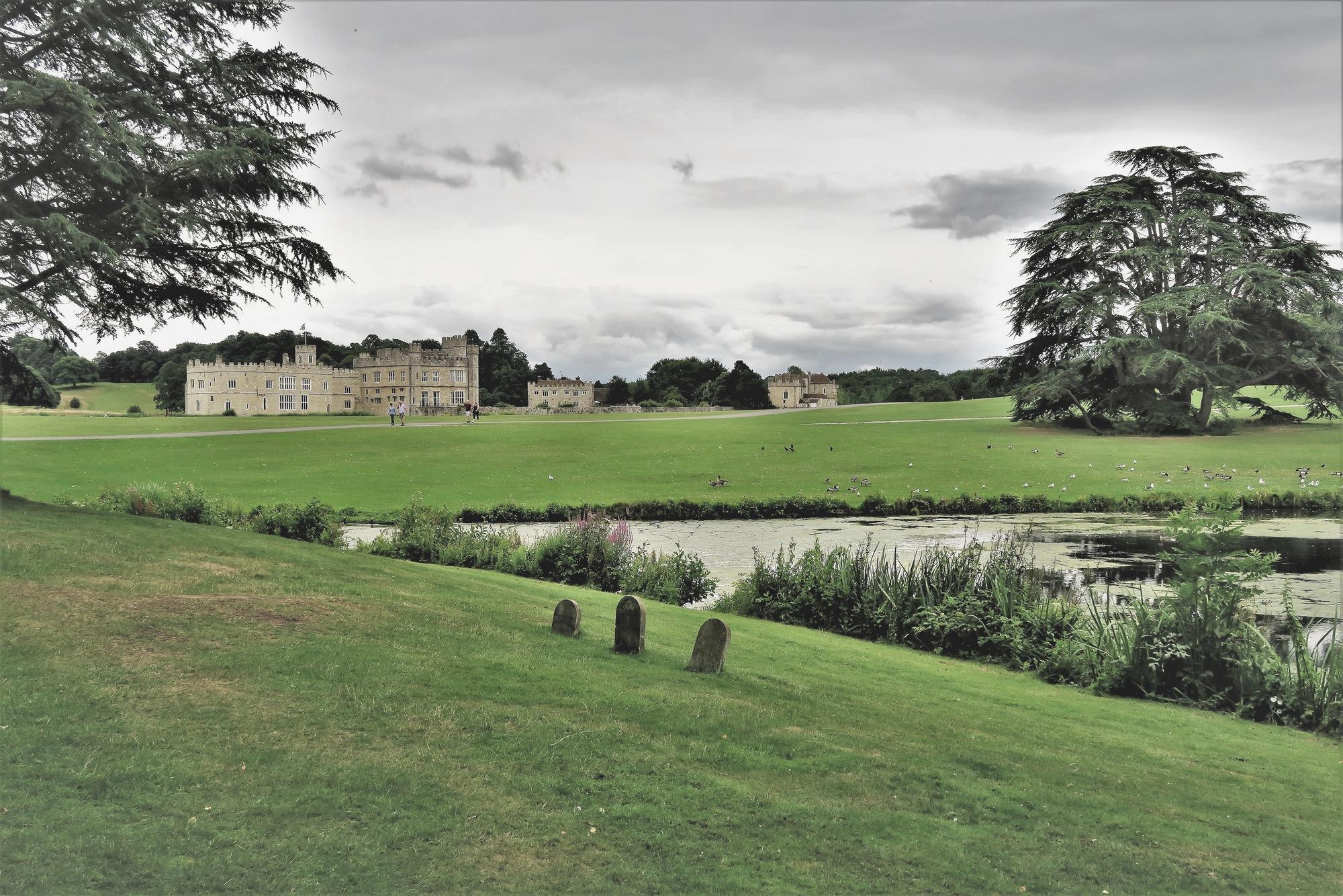 Le château de Leeds Castel vu depuis le parc