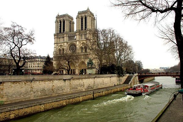 Paris 2852