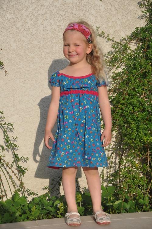 Et une robe aussi pour sa soeur...