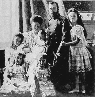 La fin du règne du Tsar Nicolas et de toute sa famille.
