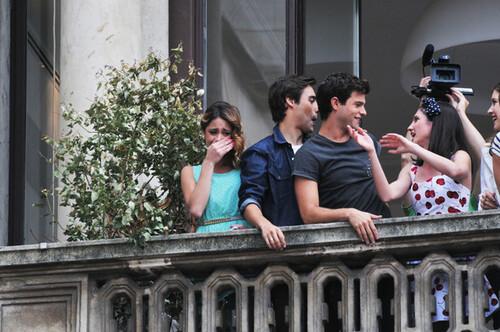 La série Violetta est connu dans le monde entier!!!!!!!!!!!!!!!!!!!!!!