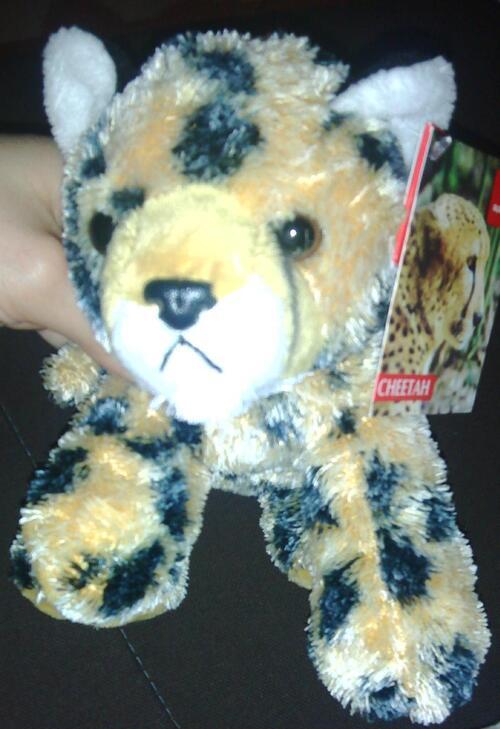 Peluche ! Mon mini-guépard.