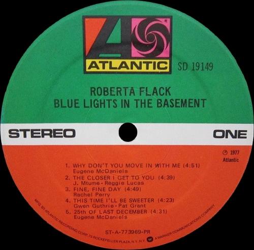 "Roberta Flack : Album "" Blue Lights In The Basement "" Atlantic Records SD 19149 [ US ]"