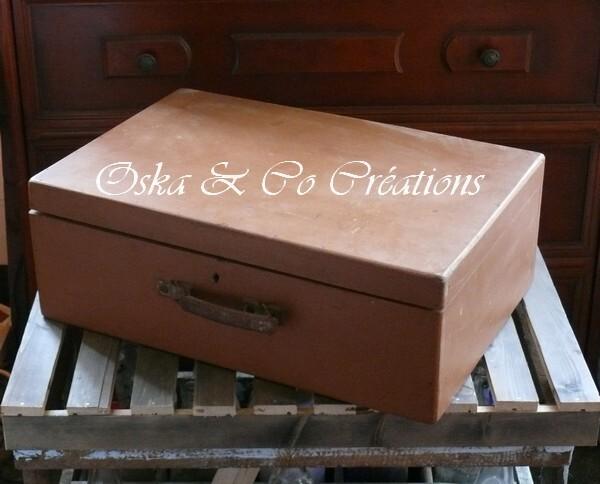 habillage-compteur-electrique-avec-valise-en-bois-oska---c.jpg