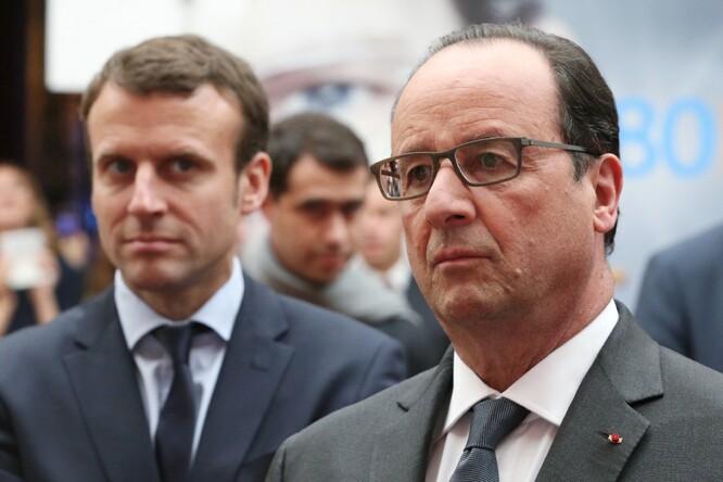 Emmmanuel Macron et François Hollande le 23 mai 2016 à l'Elysée à Paris