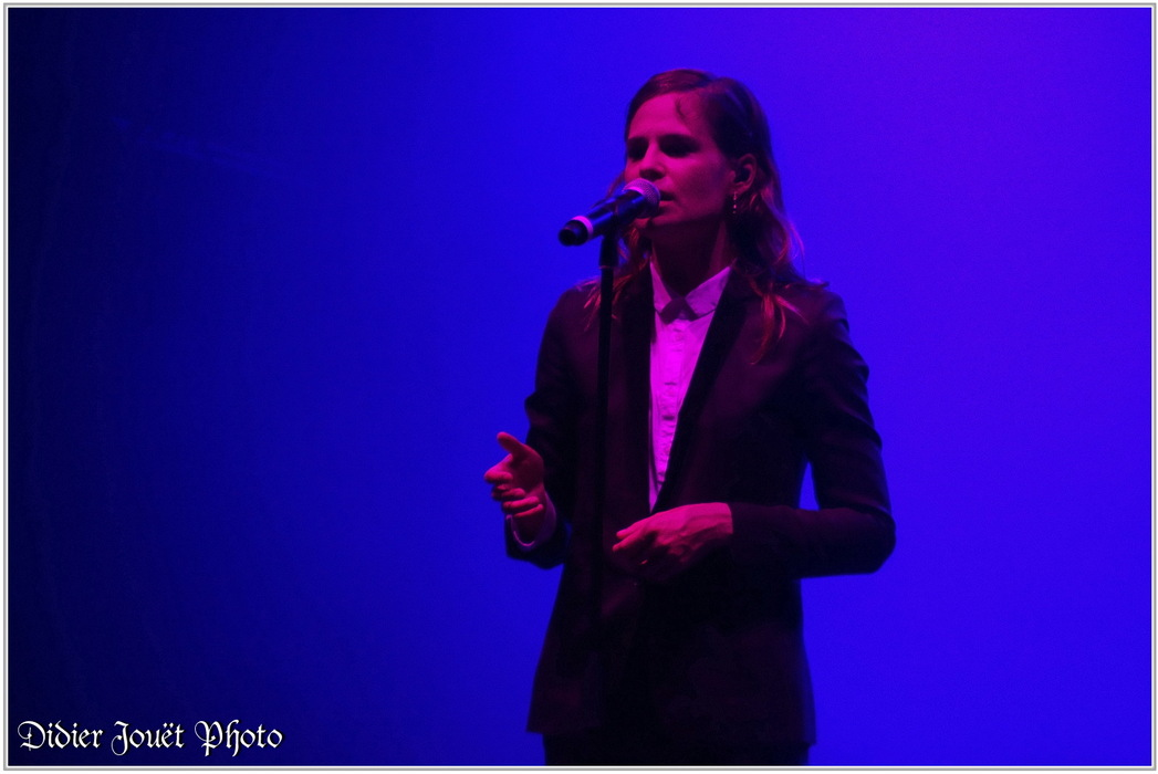 Christine and the Queens / Vieilles Charrues 2014