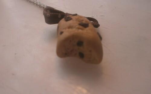 Petite brioche aux pépites de chocolat.