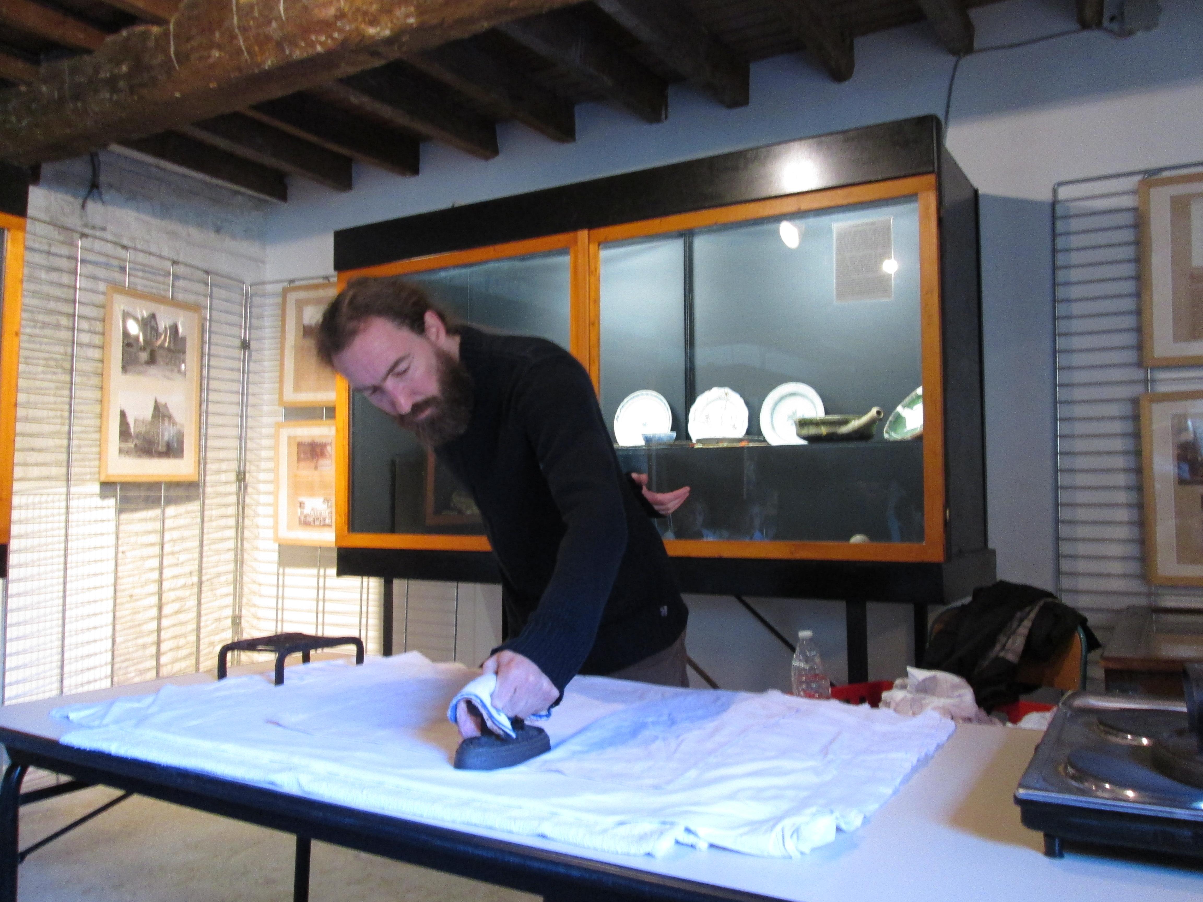 atelier repassage au musée du terroir de villeneuve d'ascq - madame