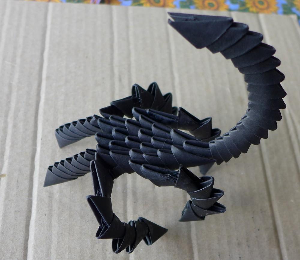 Trois scorpions en origami modulaire...