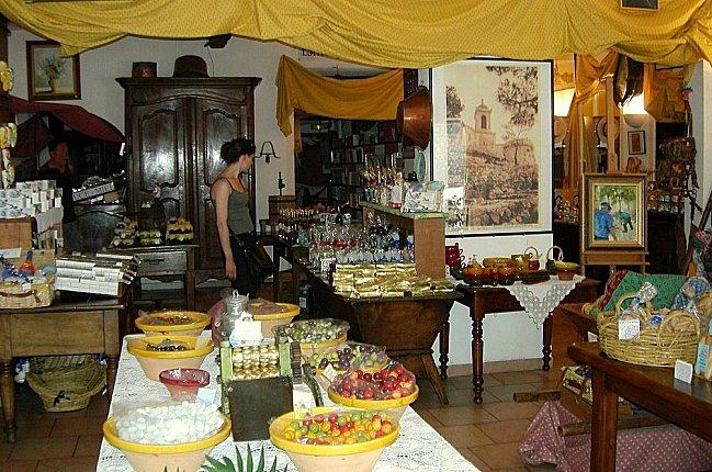 Une boutique d'Allauch.. pour le plaisir de la bou-copie-3